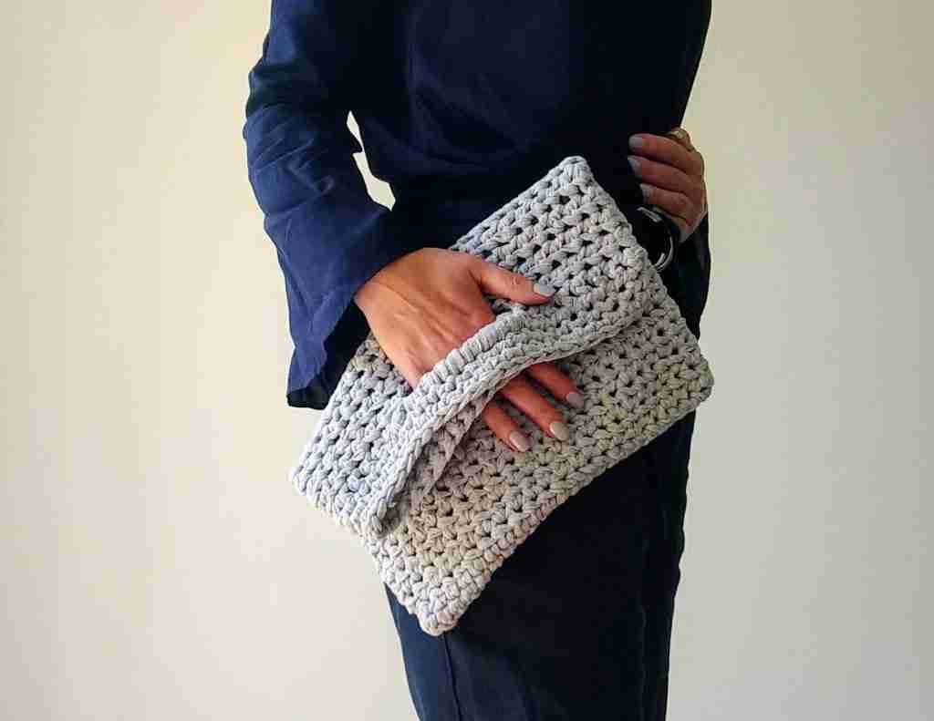 Foldover Clutch Crochet Pattern